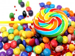 Caramelos y piruleta de colores