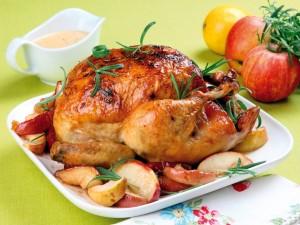 Postal: Pollo asado con manzanas