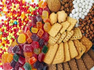 Caramelos y galletas