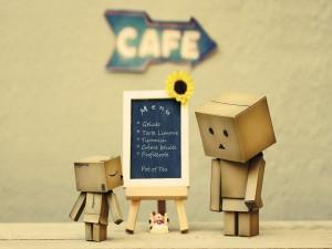 Danbo en un café