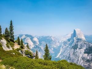 Postal: Montañas en Yosemite
