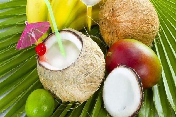Cóctel con coco
