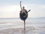 Bailarina en el mar