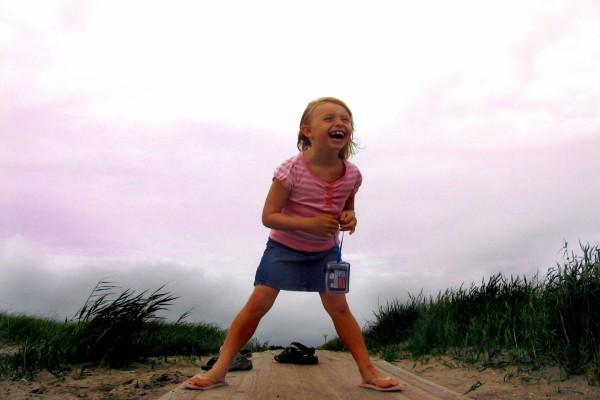Una niña muy feliz