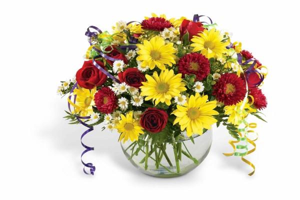 Jarrón con coloridas flores