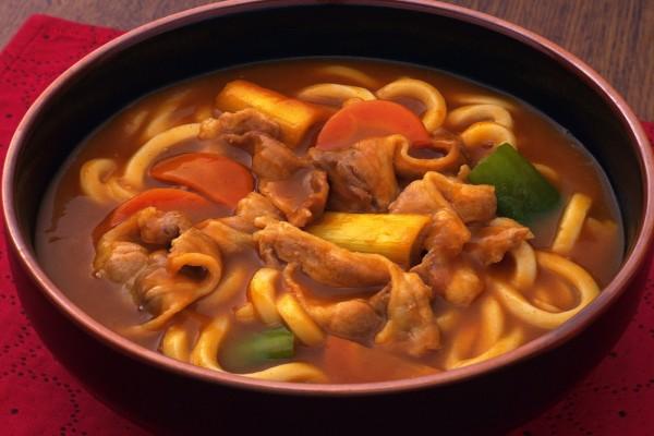 Fideos chinos en sopa
