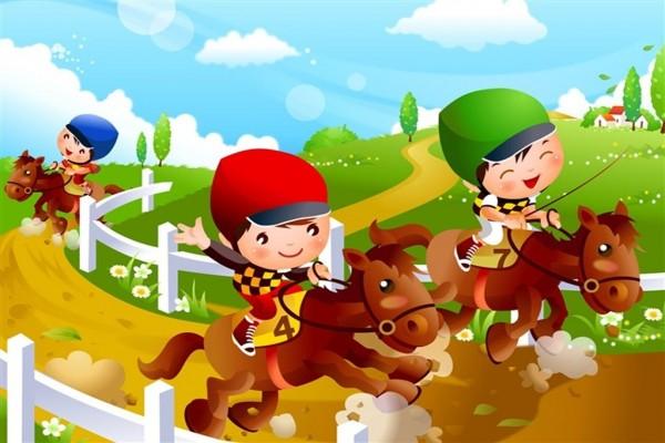 Niños corriendo con su caballito