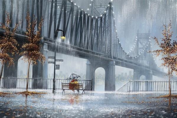 Pareja junto al puente un día lluvioso