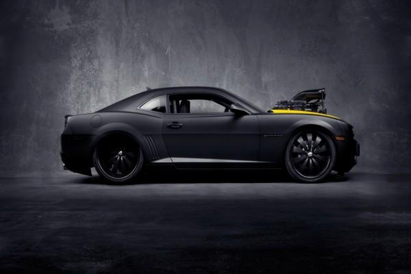Camaro negro tuneado