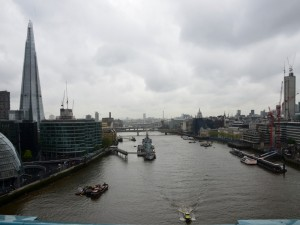 Postal: El río Támesis (Londres)