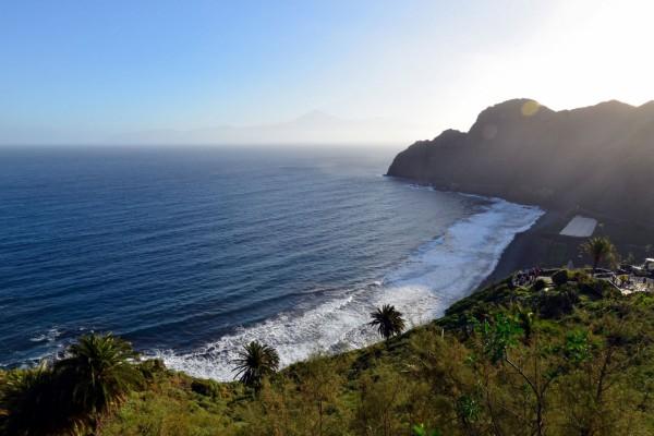 Contemplando el mar desde La Gomera (Islas Canarias)