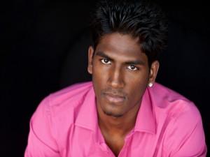Postal: El actor indio TJ