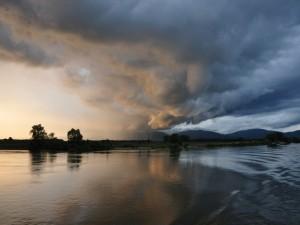 Nubes sobre el Danubio