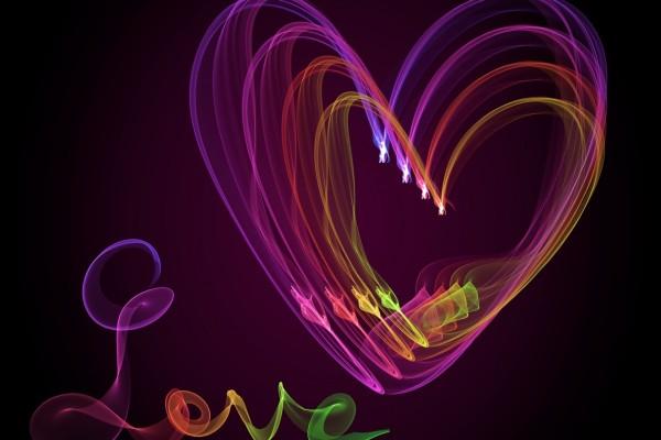 Amor y corazón con luz de neón