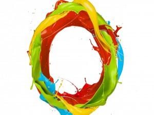 Pintura de colores formando un anillo