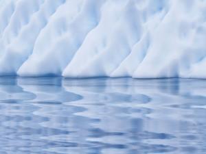 Gruesas capas de hielo y agua