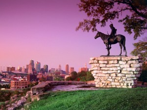 Postal: Estatua en Kansas City, Missouri