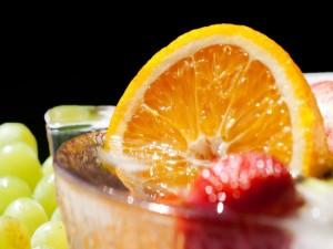Postal: Bebida con frutas