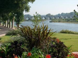 El Loira a su paso por Beaugency (Francia)