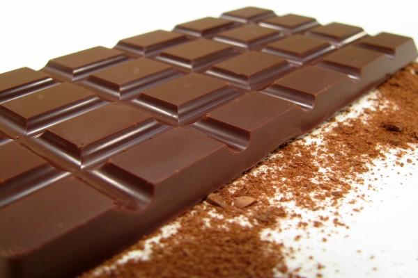 Tableta de chocolate negro