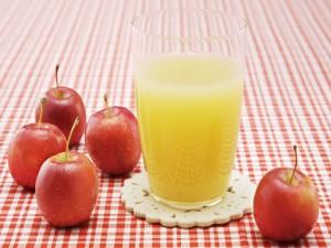 Zumo de manzanas