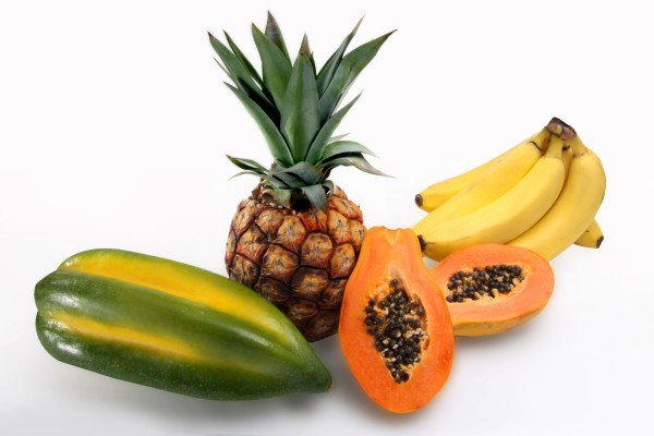 Piña, bananas y otras frutas tropicales