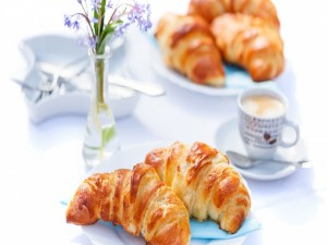 Postal: Ricos croissant para el desayuno