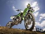 Moto y piloto de motocross