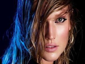 Postal: La distinguida modelo Toni Garrn