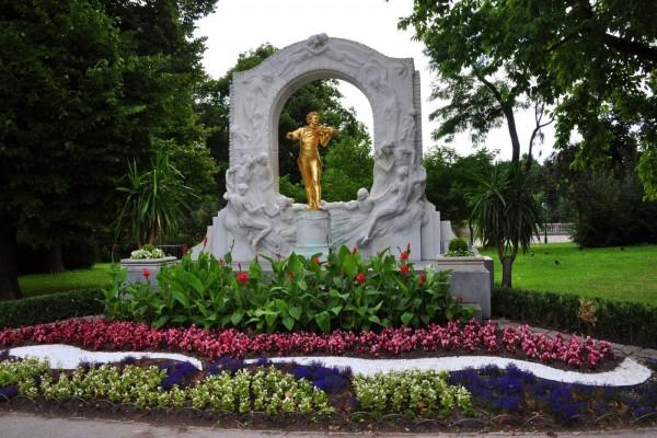 Estatua de Johann Strauss (Viena, Austria)