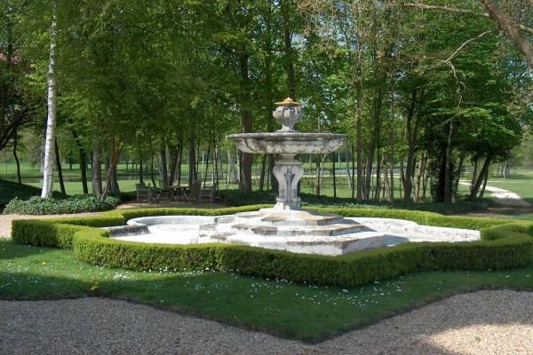 Fuente del castillo d'Anet (Francia)