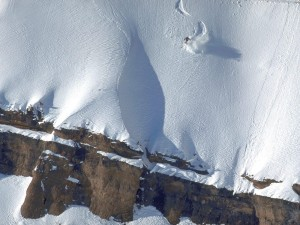 Esquiador visto desde el aire
