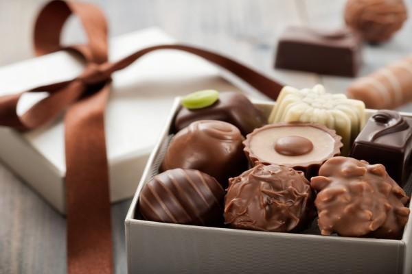 Caja con bombones de chocolate