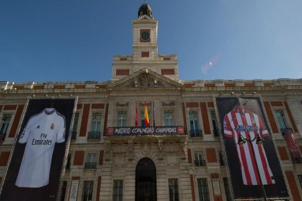 "Puerta del Sol ""Madrid Comunidad Champions"" Real Madrid vs Atlético de Madrid"