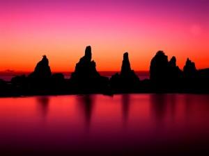 Rocas vistas en el ocaso del sol