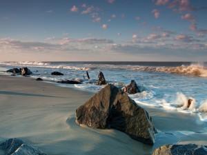 Postal: Rocas en la orilla