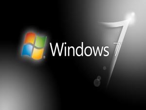 Postal: Windows 7 en fondo negro