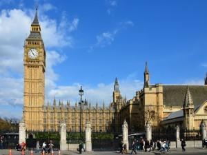 Postal: El Big Ben y Palacio de Westminster (Londres)