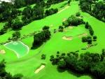 Vista aérea de un campo de golf