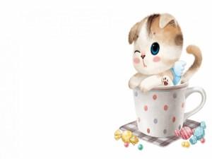 Gatito dentro de una taza