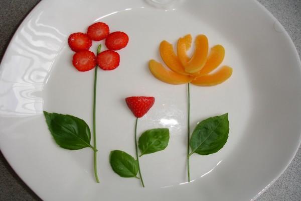 Tres flores de frutas