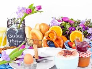 Desayuno y flores