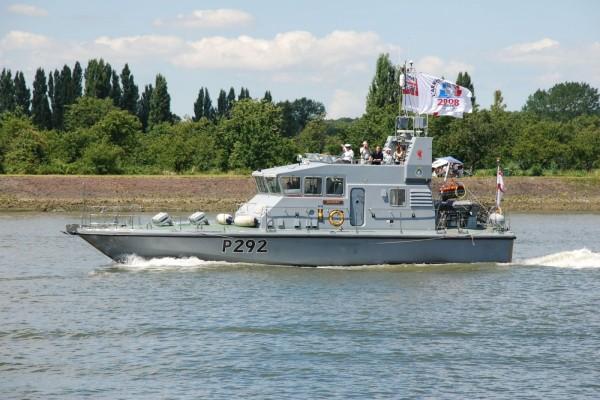 Bote patrulla HMS Charger, Gran Bretaña