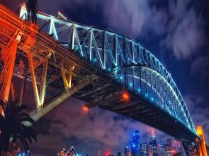 Puente iluminado en Sydney, Australia