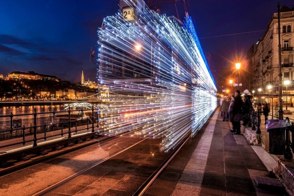 Viajando a la velocidad de la luz
