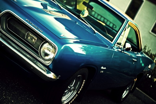 Un automóvil Plymouth