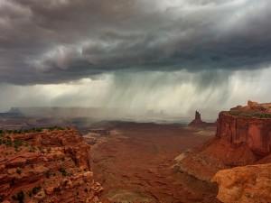 Nubes de lluvia en el Gran Cañón