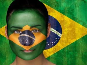 Postal: Bandera de Brasil pintada en la cara para el Mundial 2014