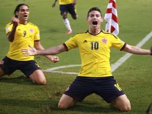 James Rodríguez en un partido con la Selección de Colombia