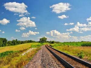 Postal: Vía de tren en el campo